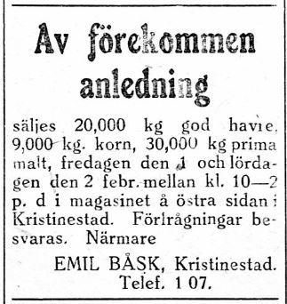 Emil Båsk som var född i Dagsmark flyttade i början på 1920-talet till Kristinestad, där han sysslade med affärer fram till 1929 då han med sin familj flyttade till Helsingfors. 26.1.1929 bjuder han ut en större mängd säd, lagrad i ett magasin på östra sidan.