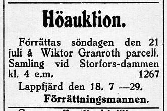 Flera höauktioner ordnades sommartid i byarna, här är det hos Granroths på Flakåsen när Storforsdammen.