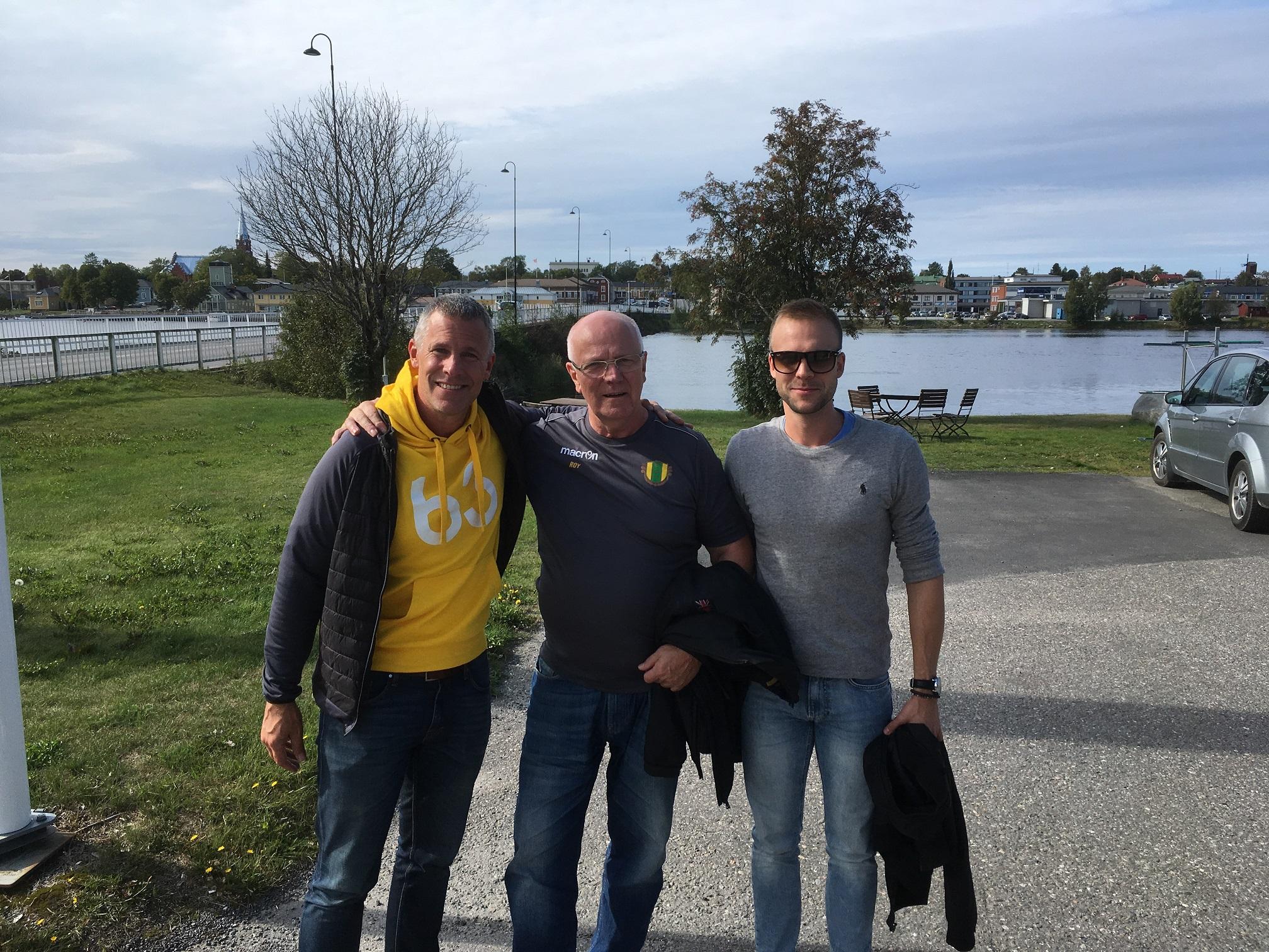Roy Rosenback tillsammans med söner Tommy och Patrik i Kristinestad 2018.