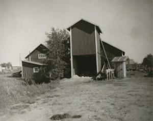 Klemets Såg byggdes upp efter senaste krig och var verksamt till år 1981.